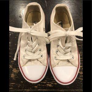 Converse/Unisex/Kids/Off White/Size 1.5/